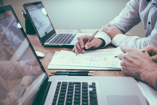 Consultoria ou gestão: como escolher a melhor para meu negócio?